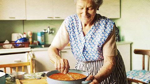Ozharvest – Meet-A-Grandma